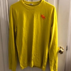 Abercrombie & Fitch Long Sleeve T-Shirt.